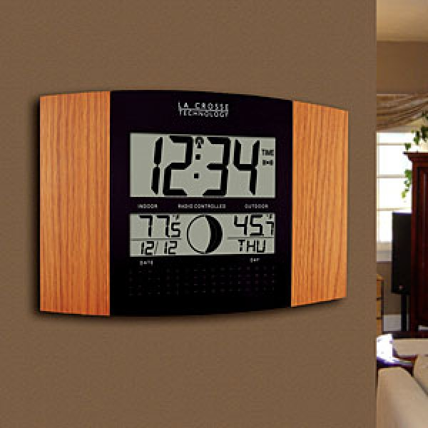 HIDDEN CAMERA CLOCK | HD 1080P LOW LIGHT B/W | BATTERY POWERED | BUILT-IN DVR